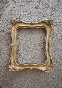 gold-photo-frame